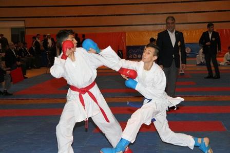 تصویر در انتخابی ردههای سنی پایه کاراته  کاراتهکاهای برتر نوجوان مشخص شدند