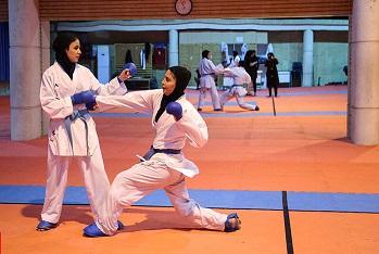 تصویر در حضور رییس فدراسیون کاراته در تمرین تیم های ملی بانوان